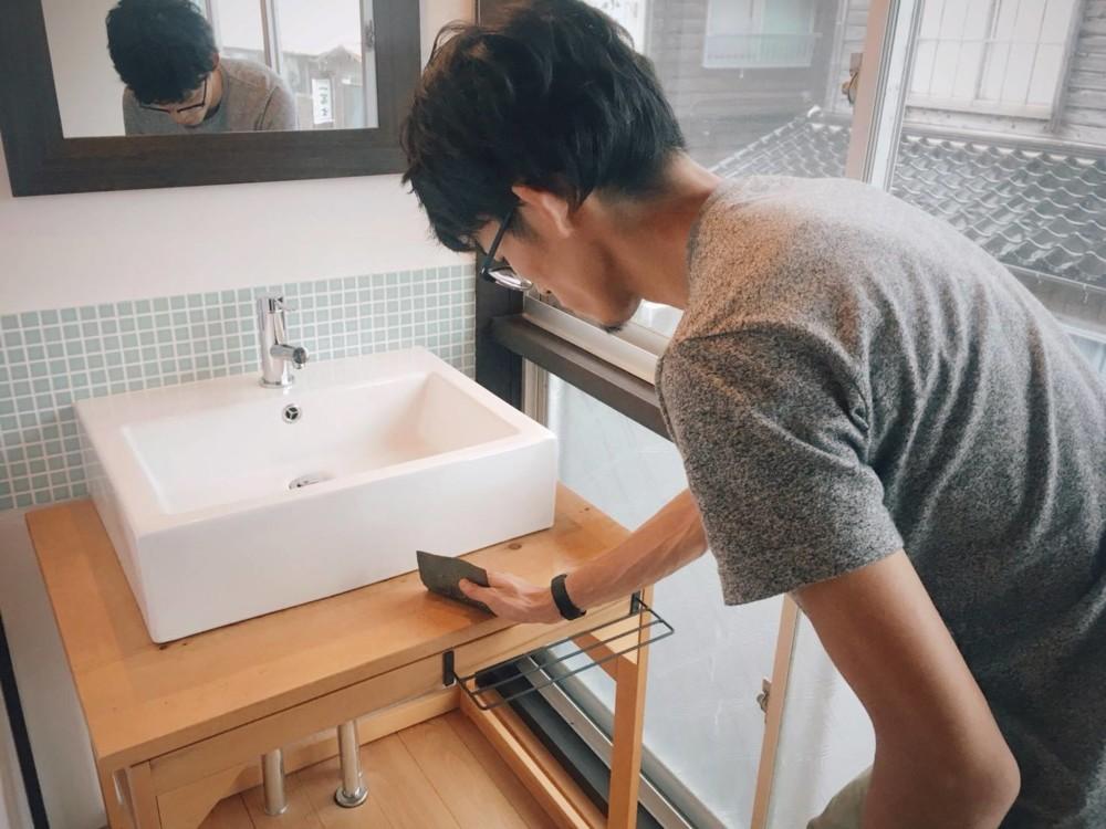 洗面台の大掃除!〜蜜蝋を使って〜